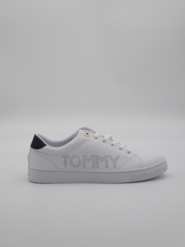 FW05544 0 20210112095037 - W V21 TH ICONIC SNEAKER