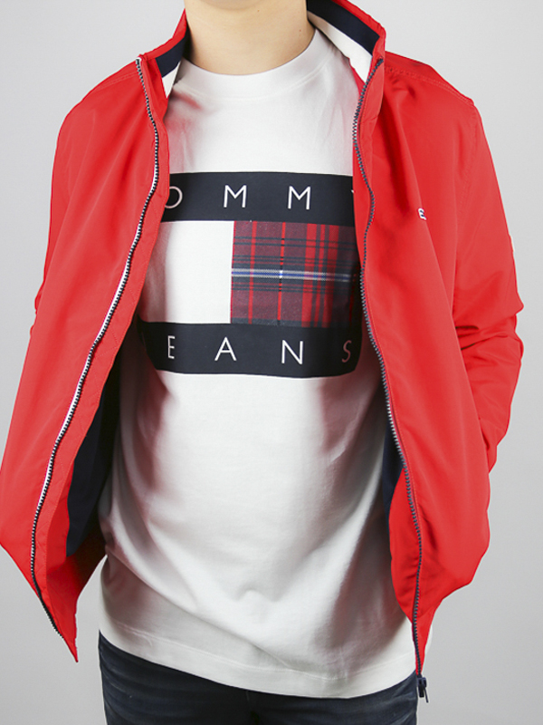 CAMISETA TOMMY JEANS CENTRE 03 - CAMISETA TOMMY JEANS CENTRE